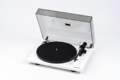 Skivspelare - Turntable - Pro-Ject  Essential III, White